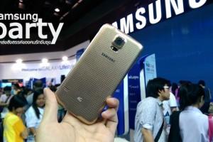 Truemove H จัดโปรโมชั่นสุดเร้าใจ ลดราคา Samsung Galaxy S5 รุ่นใหม่ล่าสุด เหลือเพียง 21,500บาทเท่านั้น พร้อมของแถม แบตเตอรี่สำรองความจุ 6,200 มิลลิแอมป์ นอกจากนี้ยังสามารถผ่อน 0% นานสูงสุดถึง 10 เดือน ผ่านทางบัตรเครดิต Kbank เท่านั้น