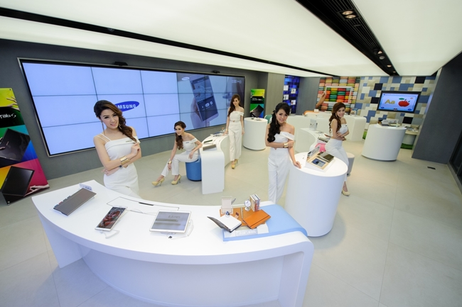 Samsung Experinece Store ชั้น 3 Siam Square One เปิดให้บริการแล้ว