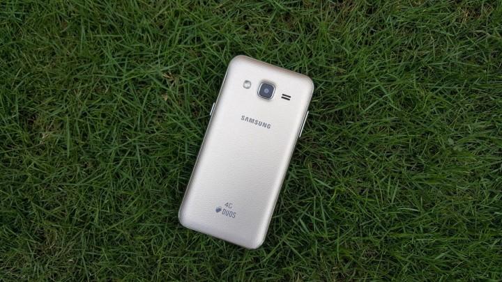 galaxy-j2-feature-1-720x405