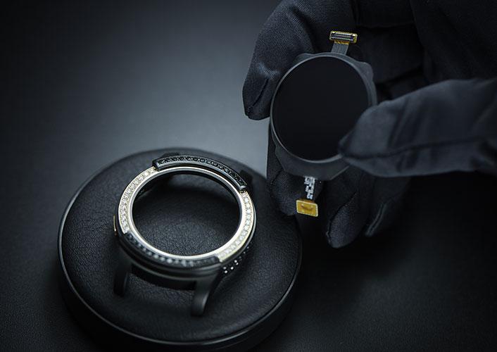 Samsung-Gear-S2-by-de-GRISOGONO-5