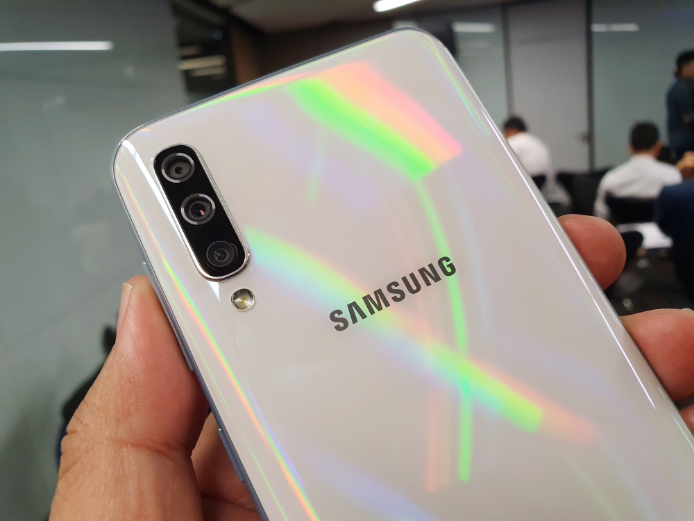 พรีวิว Samsung Galaxy A30 และ Galaxy A50